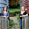 Kari and Sarah Portraits : 